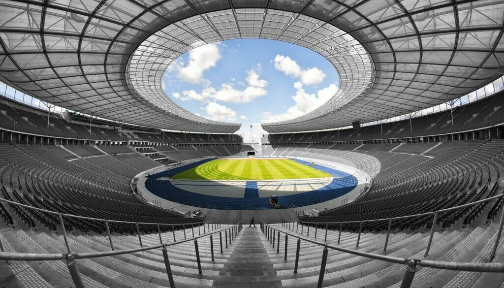 olympic-stadium-1590576_1920-min (1)